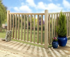 osmose_green_decking_using_standard_spindles_copy_2